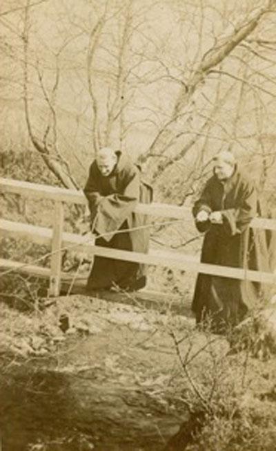 monks-fishing